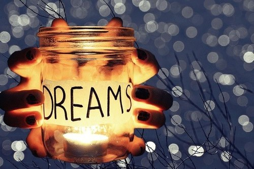 dsdsaraswati:  Dream on Dreamer | via Tumblr on We Heart It - http://weheartit.com/entry/58571204/via/diahsarasw   Hearted from: http://abyk07.tumblr.com/private/46979181123/tumblr_mknl549xYm1qiqzkx
