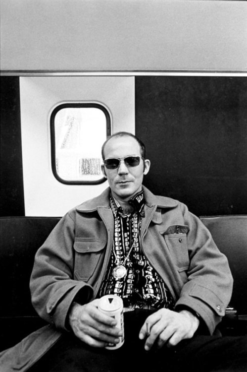 wandrlust:  Hunter S. Thompson, c. 1976 — Annie Leibovitz