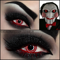 iplaydead:  kikimakeup:  Wanna play a little game? Contact lenses: www.checkoutcontactlenses.co.uk  omg this is amazing!