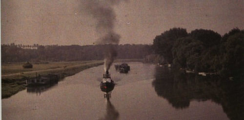 Antonin Personnaz's The Red-Hulled Boat, c1908 (via THE BLUE LANTERN)
