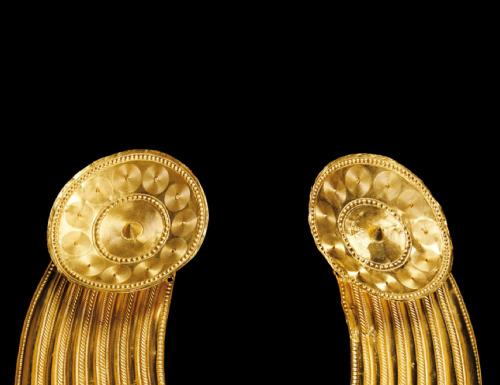 ancient history Ireland Irish history goldwork craftwork history of art jewellery MyUploads