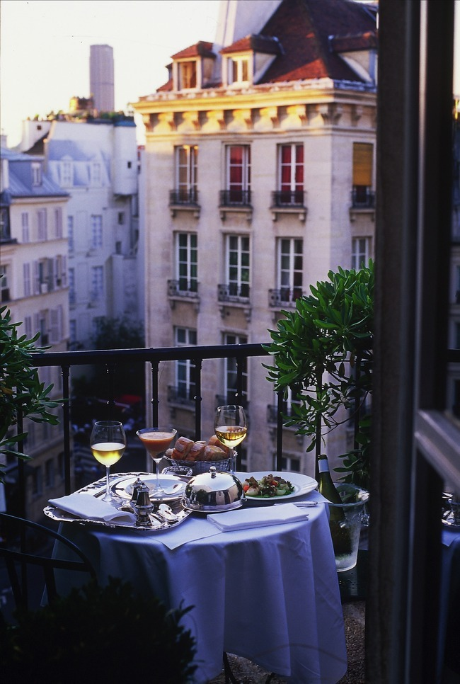 travelingcolors:  Hotel Le Relais Saint-Germain, Paris | France (via AFAR.com)