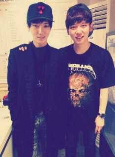 Super Junior Yesung ready for Military Service wearing his army pants.. :)))
