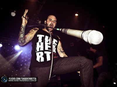 revolt-sxe-rebuild:  exit—wound:  August Burns Red @ Carioca Club | Flickr – Compartilhamento de fotos! on We Heart It. http://weheartit.com/entry/45333363/via/helo_mnapo