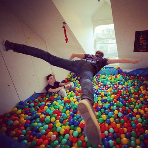 finnharries:  We kinda turned Jacks room into a giant ball pit… Check out the new video #jacksgap