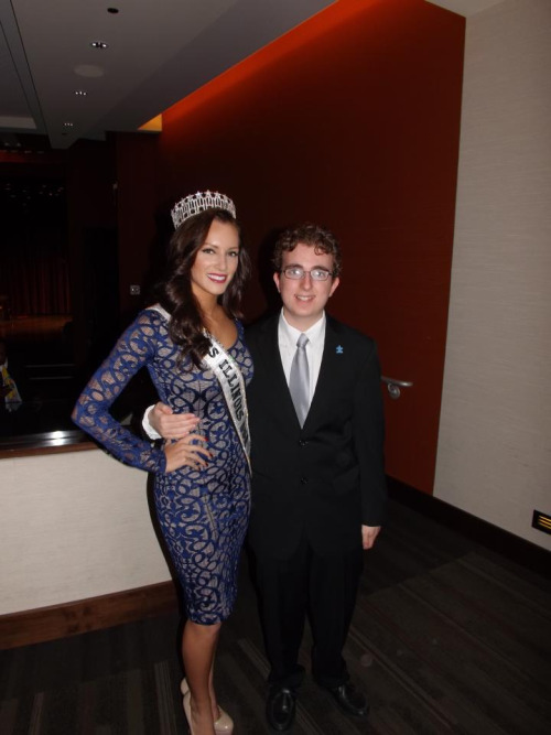 Miss Illinois USA Stacie Juris and Billy Steinberg #autsimspeaksCHI #EWTS #oscars