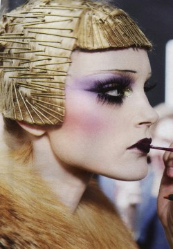 suicideblonde:  Jessica Stam backstage at Dior F/W 2009