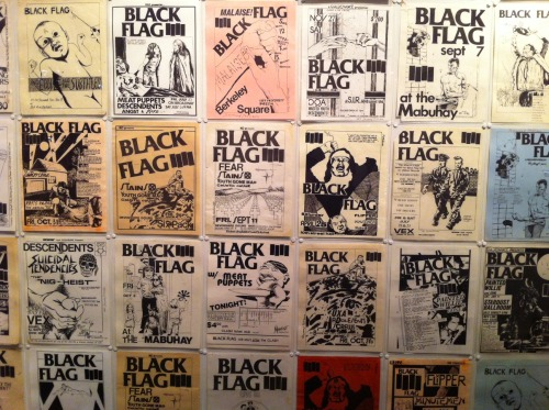 snakebomb:  Pettibon flyers at One Grand Gallery, PDX