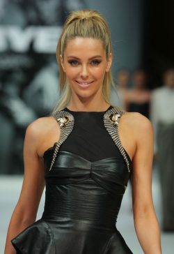 MYER AUTUMN/WINTER 2013 FASHION LAUNCH - JENNIFER HAWKINS  Thursday night was a night of glitz and glamour at the Melbourne city Myer store, as the biggest faces of Australian fashion celebrated the launch of the department store's Autumn/Winter 2013 fashion range. Sporting the latest leather, lace and peplum were hottest of the hottest including Jennifer Hawkins and Alexandra Agoston.  Male eye candy was also  present of course in the form of Mr Kris Smith!Check out the photos from the catwalk and red carpet here - who was YOUR best dressed? Image Source: Zimbio