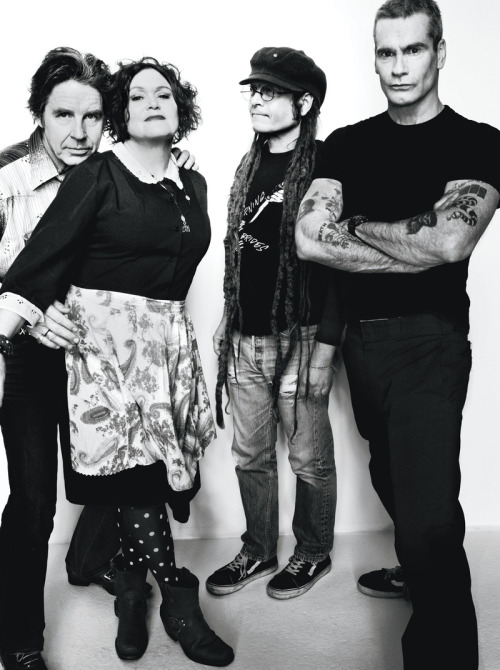 rudegirl72:  Henry Rollins of Black Flag (right), Keith Morris of Black Flag and Circle Jerks (center right), and John Doe (left) and Exene Cervenka (center left) of X