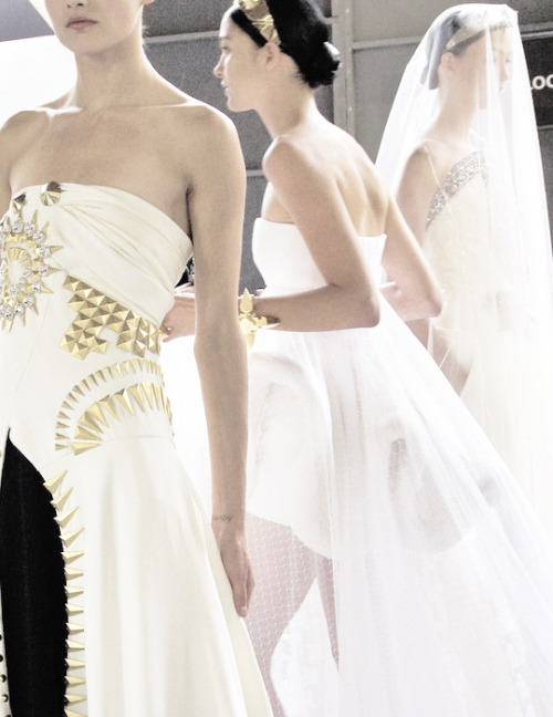 bienenkiste:  Givenchy Haute Couture Fall/Winter 2009 backstage