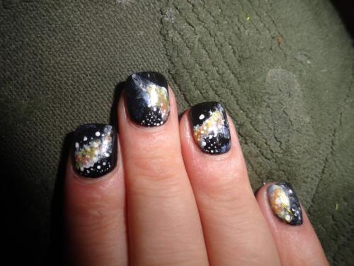 silentcitadel:  Galaxy Nails