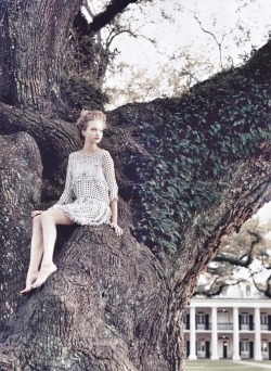 "pradafied:  ""Belle South"", Gemma Ward by Arthur Elgort for Vogue US June 2005"