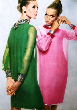 preppyprincess:  L'Officiel, September 1965 - Dresses by Pierre Cardin, Jewelry by Van Cleef and Arpels