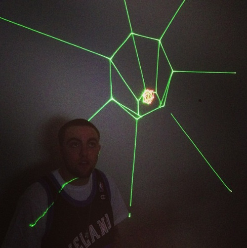 macmillerblog:  Mac in the laser room