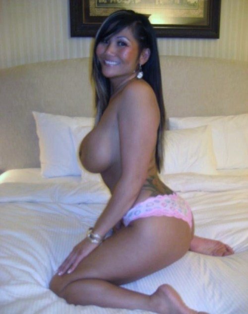 http://badbroads.tumblr.com/ TJ's Bad Broads: The # 1 Source For The Baddest Women on Tumblr