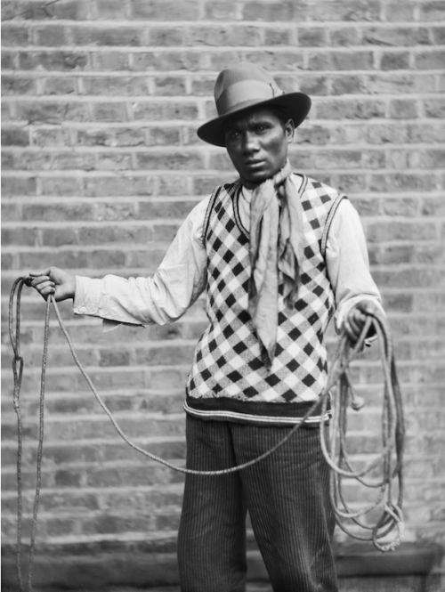 East End type Buffalo Bill, from Bengal, London, 1933 E.O. Hoppé
