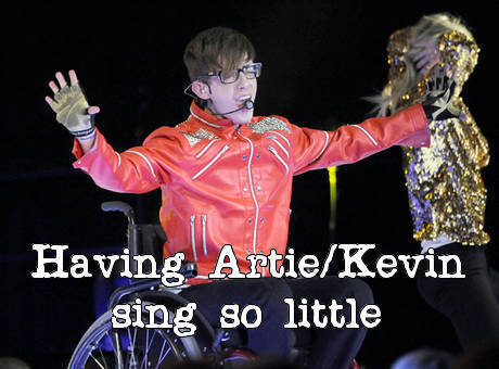 gleefailures:  Glee failure: Having Artie/Kevin sing so little