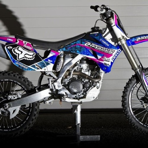 stadtkind-ffm:  Girly bike *__* #mx #motocross #girl #germany #bike  Gorgeouse.