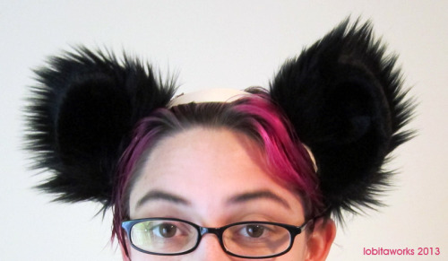 Also, I made some panda ears I forgot to show earlier! Pretty simple, but fluffy and cute.