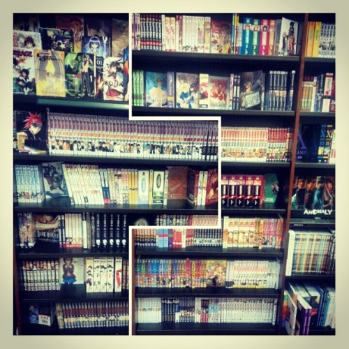 SUPPORT ALL MANGA @SHONENJUMP @VIZMEDIA #MANGA #ANIME #OTAKU #GAMER #GEEK #CASHAMILL #ANIMEBOY #LIKE #INSTAGEEK #BARNESANDNOBLES #dope #graphicnovels #bookstore #comics #collage #sick #CASHAMILLANIMEBOY