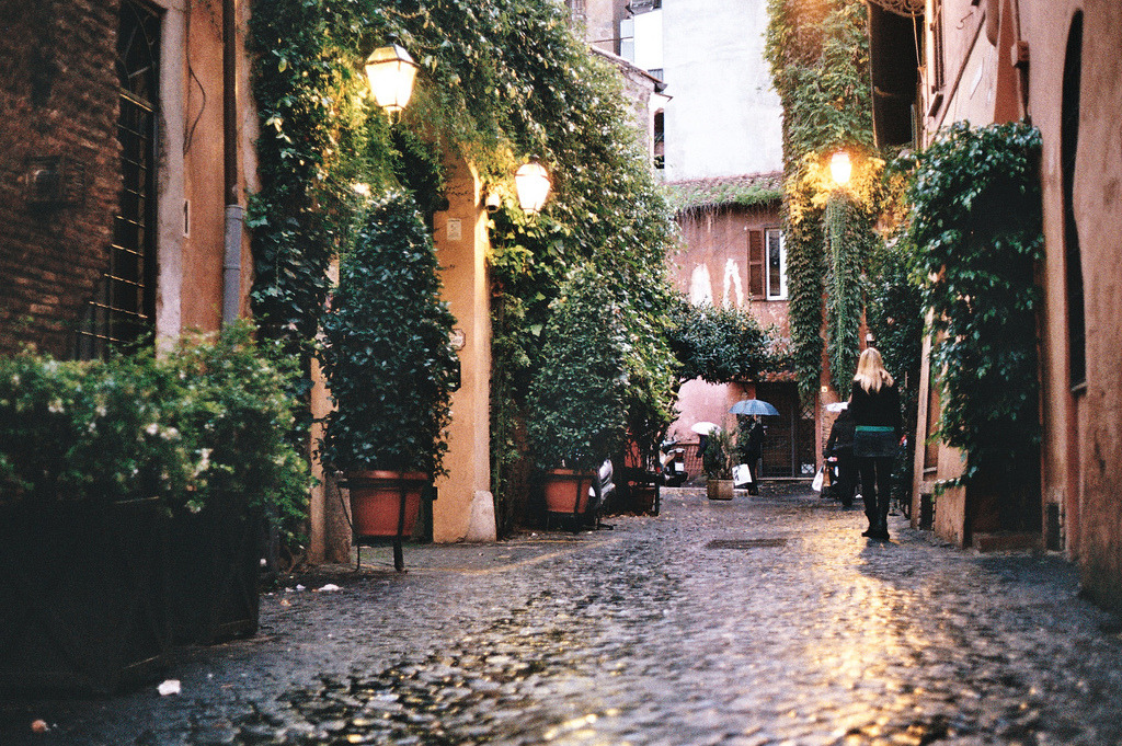 travelingcolors:  Trastevere, Rome | Italy (by Jason Robert Black)