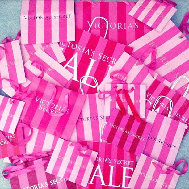Unhealthy obsession. #victoriassecret #pink #shopping