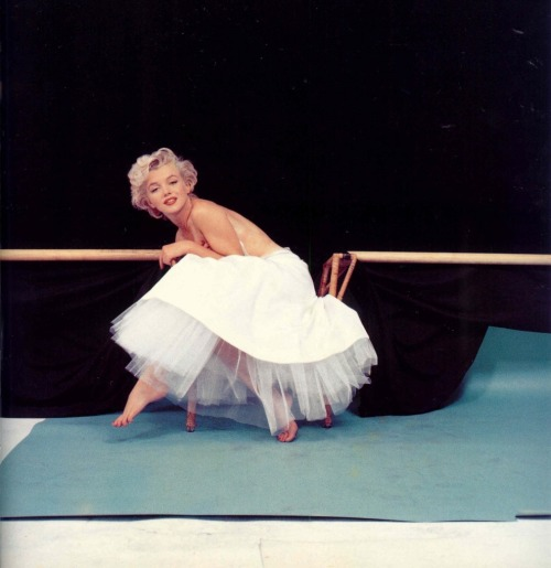 ourmarilynmonroe:  Marilyn Monroe photographed by Milton Greene, 1954   1954 was so long ago. It's weird to think there were people then, and they were just like us