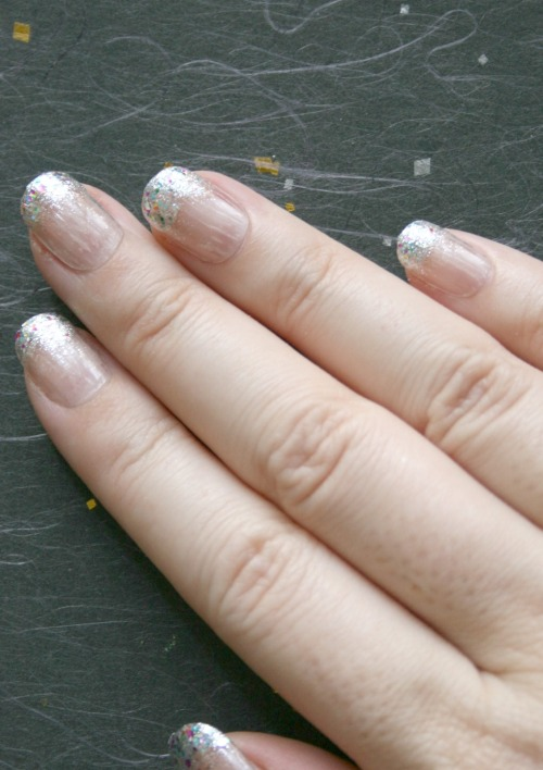 Glitter dipped tips, sweet and simple.