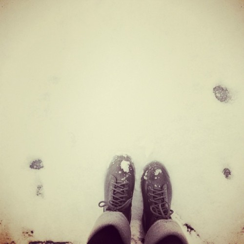 the life of a commuter. #snow #nj #nyc #boots (at Esplanade Park)