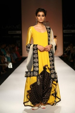 viyahshadinikah:  Anarkali with salwar by Payal Singhal