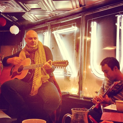 bystarlightsite:  Billy and Jeff performing an intimate acoustic show at Madame ZuZu's last night! Pale Horse Appels + Oranjes Glissandra Pinwheels My Love is Winter