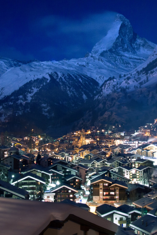 vurtual:  Sin City Zermatt Switzerland By Night(by Maria_Globetrotter)