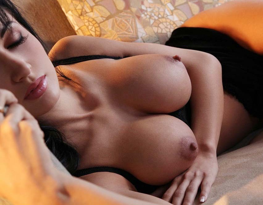 denier69:  Time for her SIESTA  !