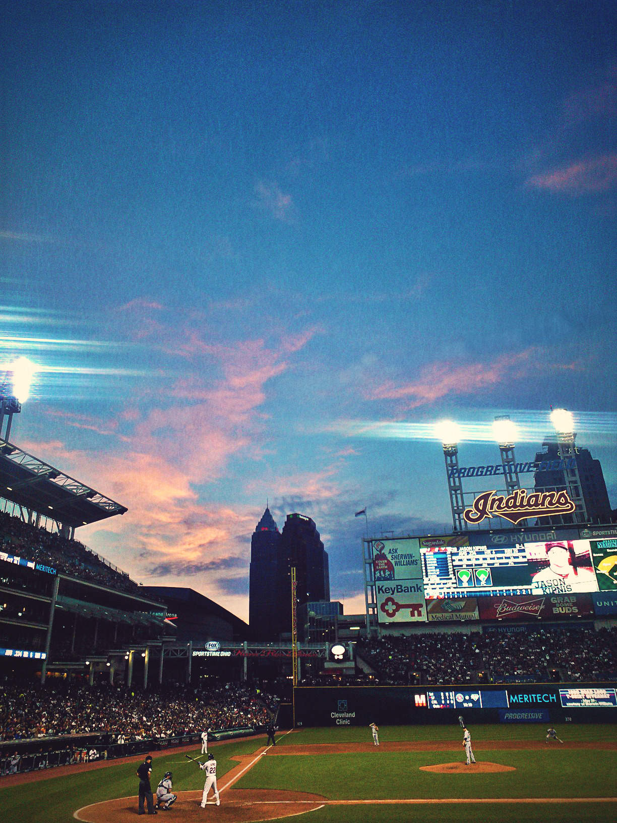 funniest-angel-inthe-garrison:  My idea of a perfect night. Go tribe.