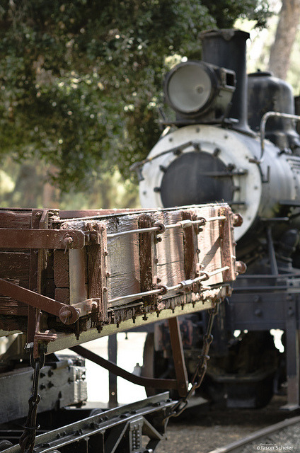 caboose and engine on Flickr.