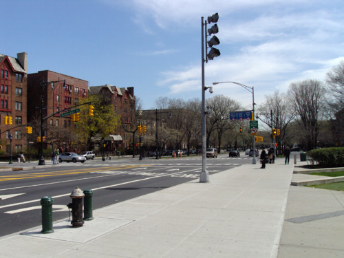 Washington Ave & Eastern Parkway Brooklyn, NYC 2013