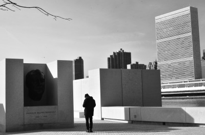 samwilliams:  photograph by jin ai four freedoms memorial on roosevelt island