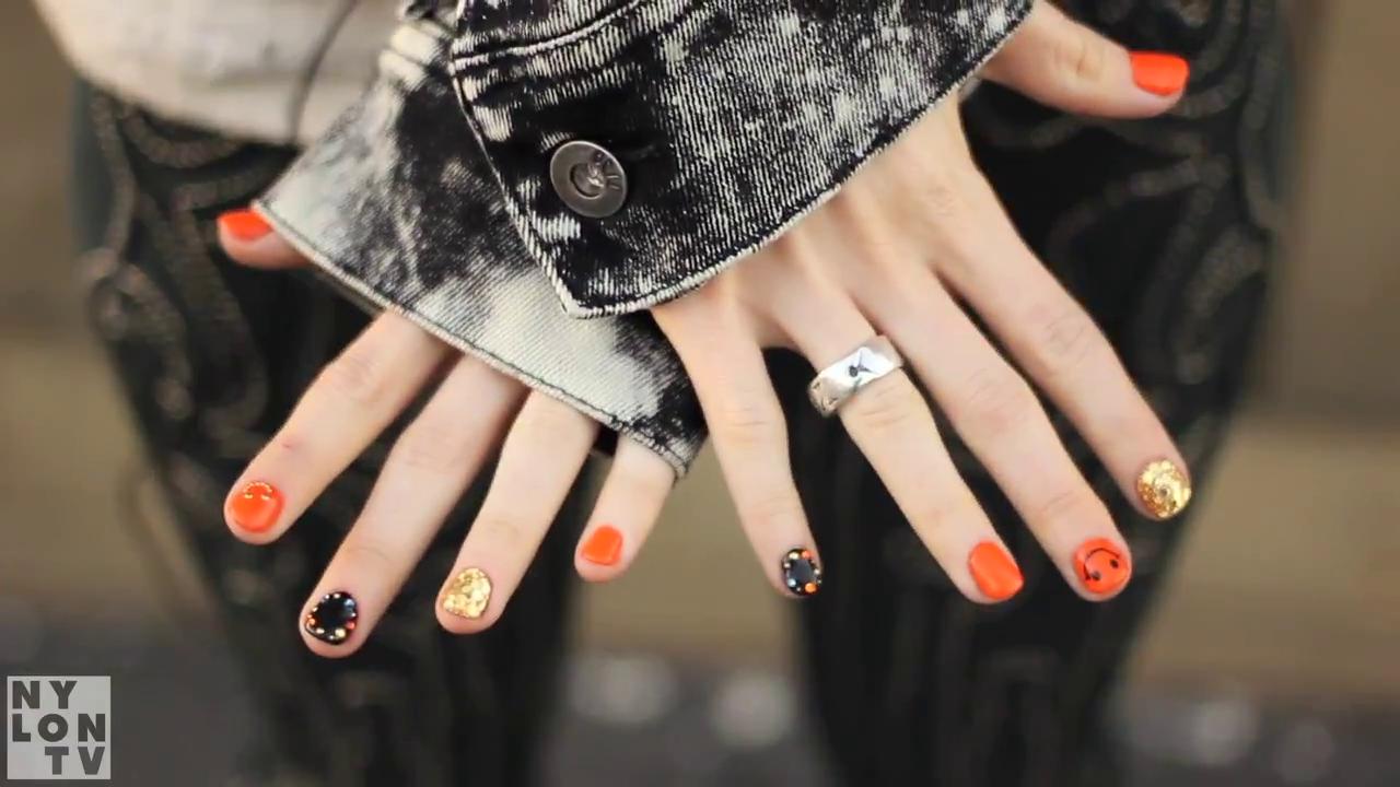 Hayley Williams Nylon 2013 Nails