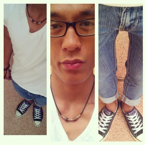 #Simple, ootd. #me #self #vneck #skinnyjeans #converse #necklace #bracelet #goodweather #Vegas