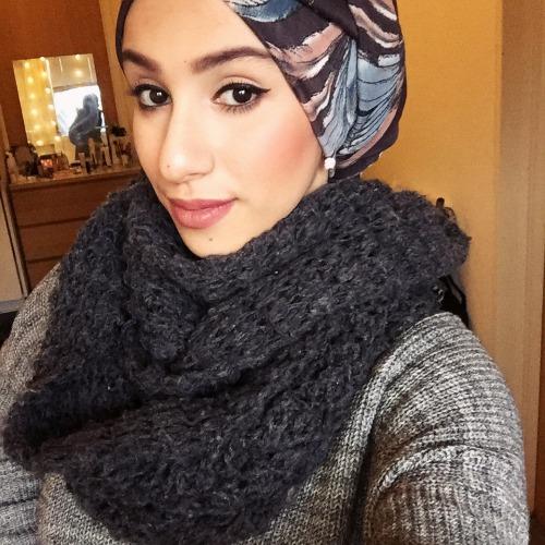 Arousing Niqab Hottie shoot