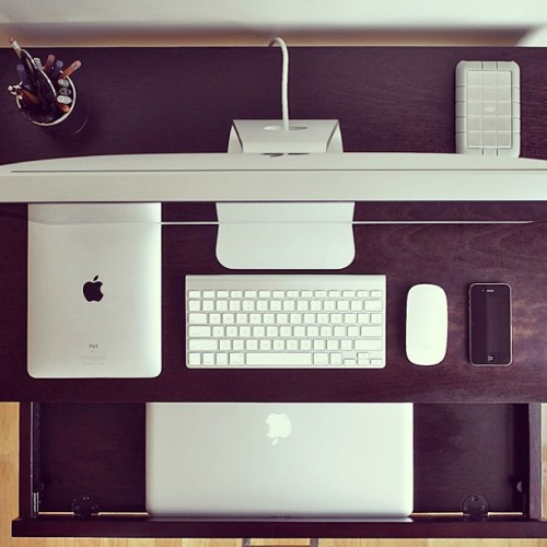 Old #mac setup #apple #ipad #macbook #iphone