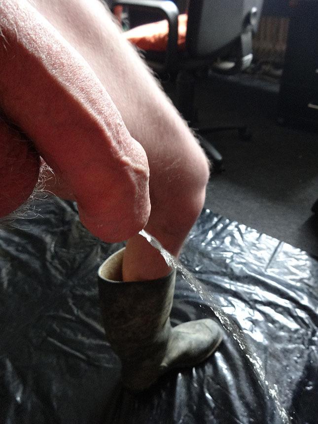 2018-12-30 02:38:53 - my piss cock httpbastygtumblrcom pissexhib http://www.neofic.com