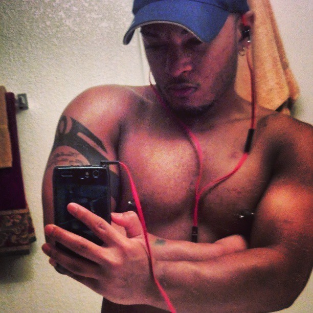 Wanted to show a lil more definition. change the lighting ya heard? #gym #sweaty #swoldier #bald #tattoo #shoulders #progress #big #mirin #guns #nipplepiercings #gay #gayman #shirtless #instagay