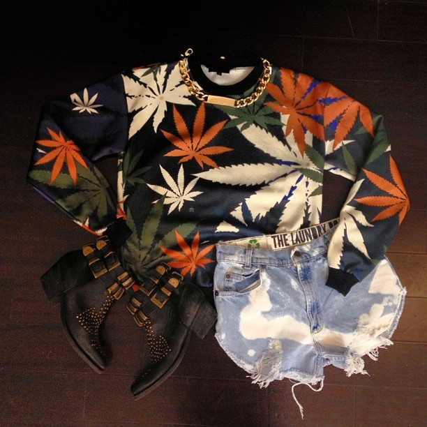 wicvh:  YALL READY FOR 4/20? CUZ @karmaloop and @realmisskl IS!     Lets talk about all the new dope @civilclothing merch we got in for the ladies     This crew neck is my favorite piece from the lookbook we're shooting 🍁