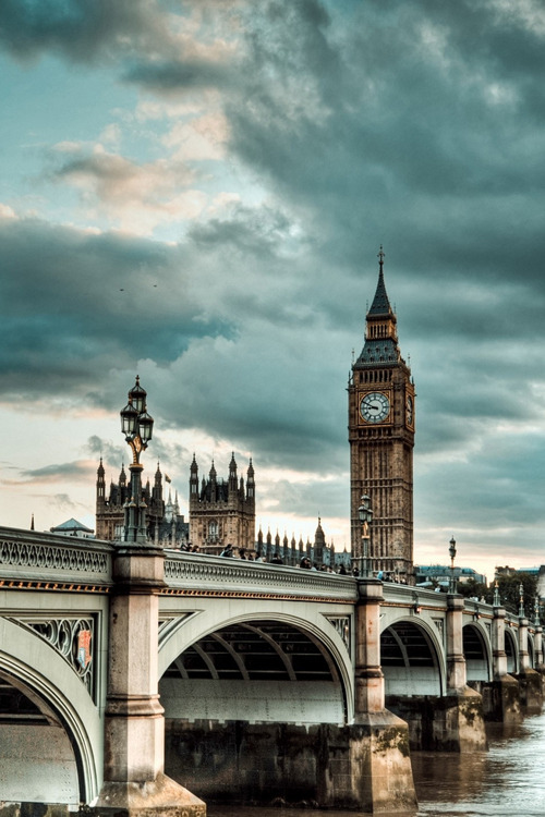 e4rthy:  Westminster Bridge London, England by Vulture Labs
