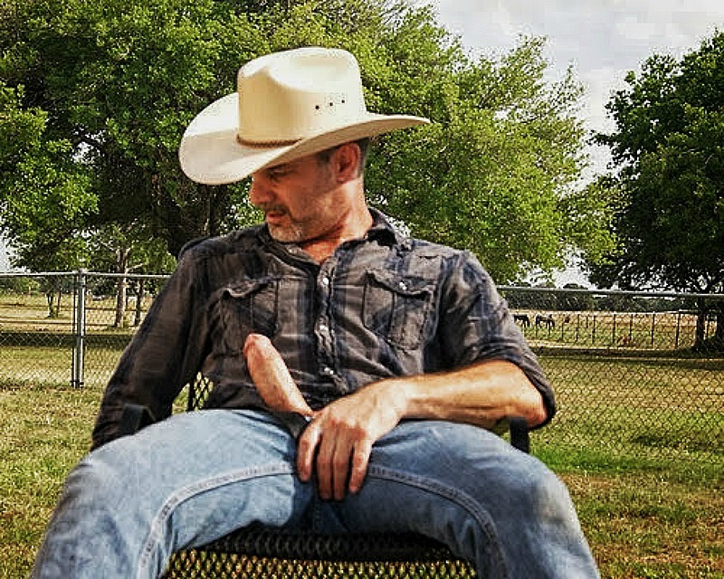 2018-06-14 13:29:27 - masterchrisit cowboy up dieselstrokers http://www.neofic.com