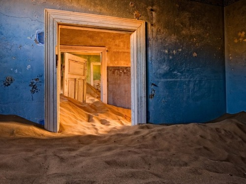 33 most beautiful abandoned places in the world