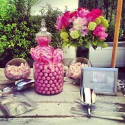 lusttforlifeblog:  Indulging in sweets at the #VSummer event.  (at Shutters On The Beach)