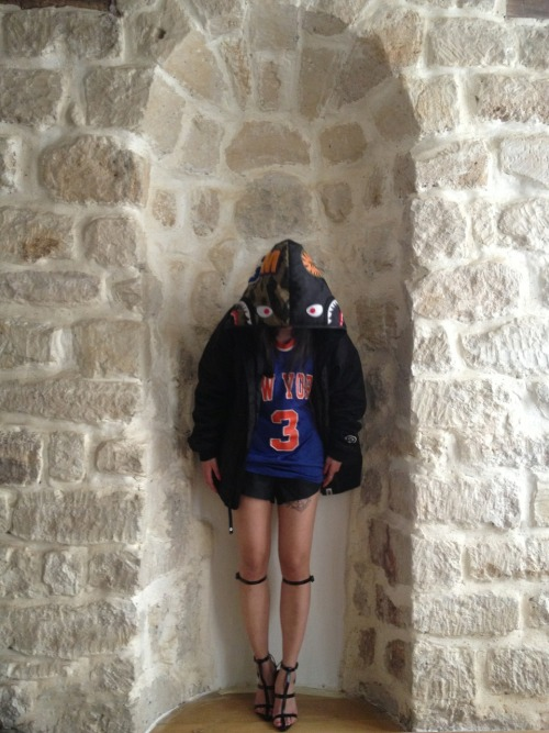 Test shoot w Starks. Game 6- let's go!!! #knickstape in paris